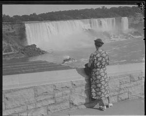 Niagara Falls vacation - Lill & I married 25 years & God bless her