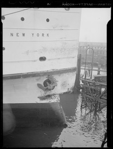 Damaged bow of the SS New York