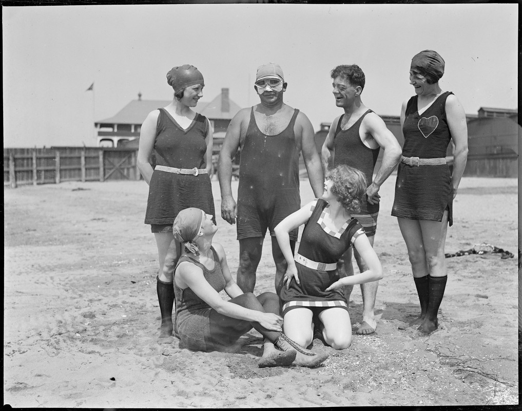 Charlie Toth and Bozo Snyder's bathing girls at L Street bath house