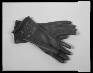 Line item (J-69610) gloves, rubber: acid and alkali resistant, black, type I
