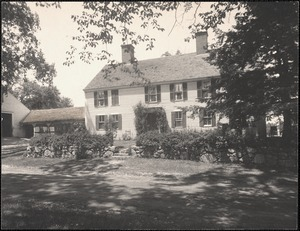 Reeves Tavern on Old Connecticut Path, built 1715.