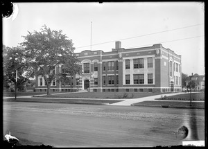 Sumner Avenue School