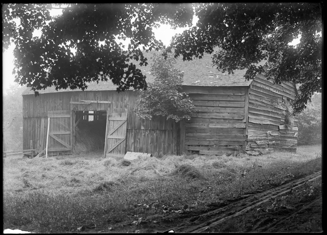 Alvah Colton barn north of house