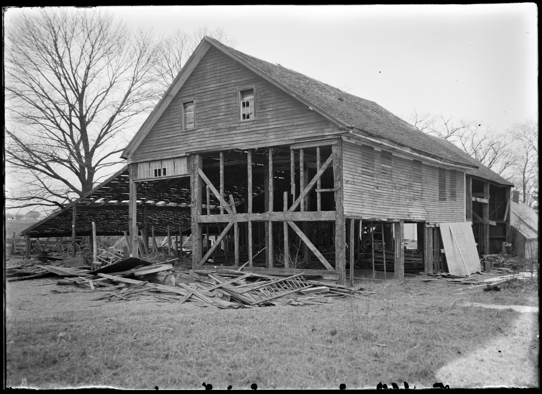 M. Goldthwaite barn, south end