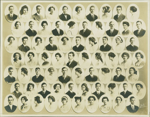 Class picture. Class of 1913.