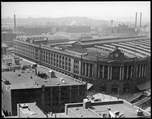 Bird's eye view of South Station from the top of the United Shoe Machinery Building