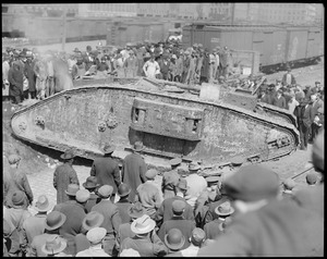British tank Britannia comes to Boston to boom Liberty bonds