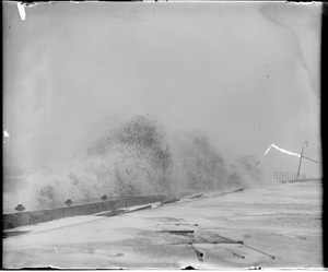 Remarkable surf at Winthrop Beach during big northeast storm