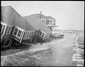 Hampton Beach ruined by storm, N.H.