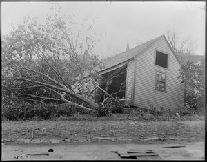 Building in Woburn damaged by hurricane