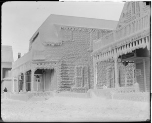 Storm, Winthrop, ice-covered houses