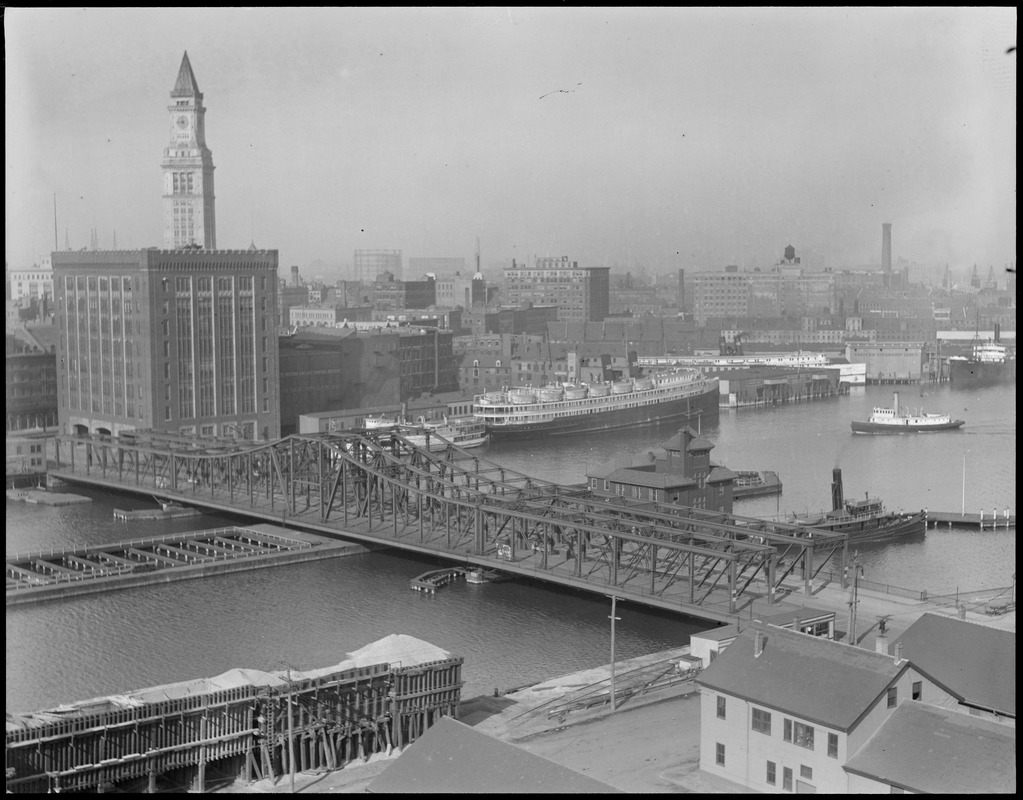 Northern Ave. Bridge, Fort Point Channel
