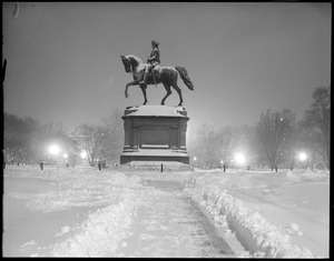 Washington statue, Public Garden on a snowy night