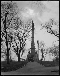Boston Common - cloud effect of soldiers' and sailors' monument