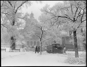 Boston Commons after a snowstorm