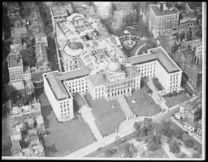 Mass State House from the air - Boston from an aeroplane