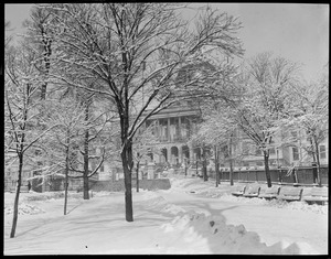 Boston Common in front of State House, in the snow