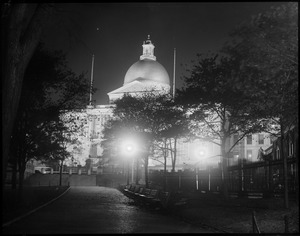Mass. State House lighted up to celebrate Edison's Jubilee