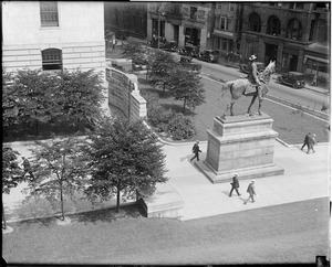 Boston - Hooker's statue, State House