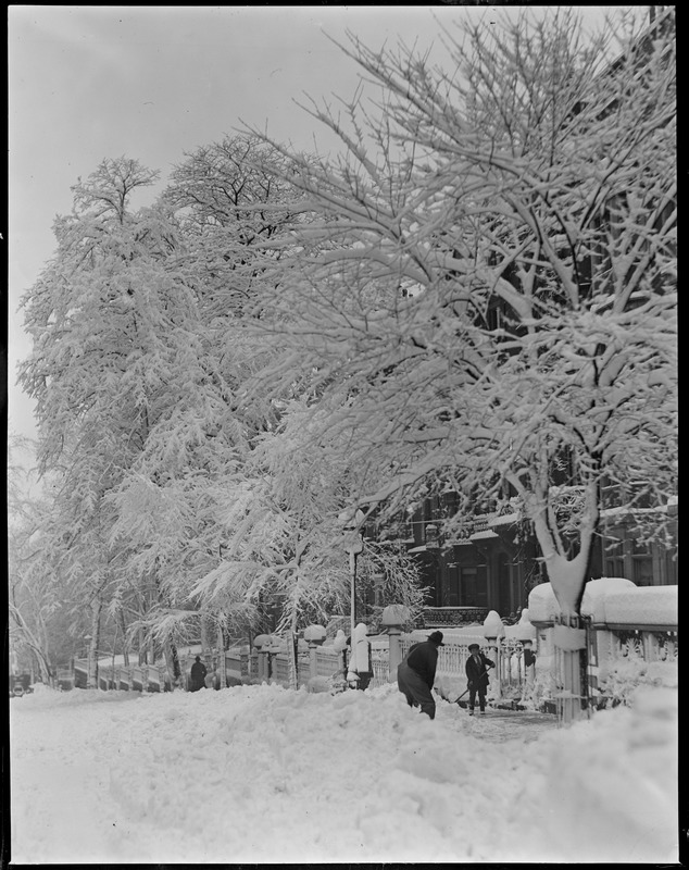 Mount Vernon St., Beacon Hill, covered with snow