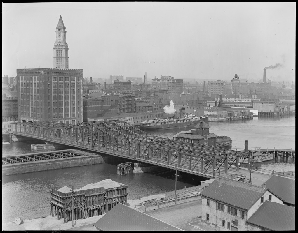 Northern Avenue Bridge and the U.S. Customs appraisers stores