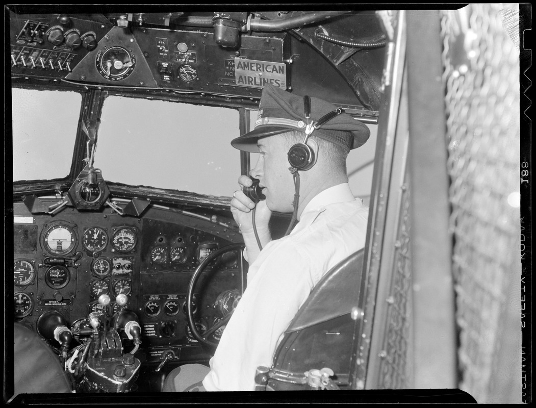 American Airlines cockpit