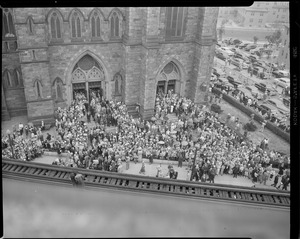 Crowd outside Holy Cross cathedral for big funeral