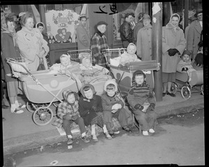 Kids waiting for parade after 1935