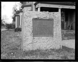 """Marker for home of Samuel Francis Smith who wrote hymn """"America,"""" Newton"""