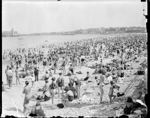 Revere Beach showing pier