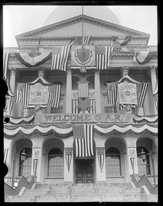 Banner on State House honoring G.A.R. vets