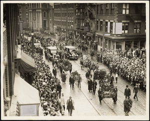 Start of funeral march on Hanover Street
