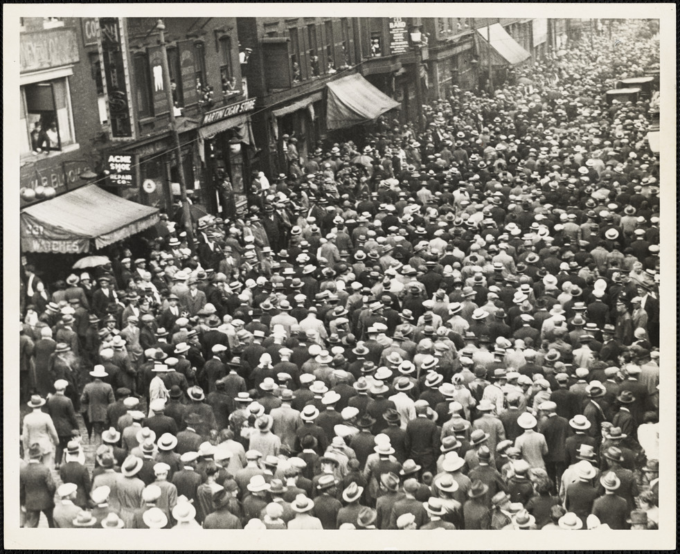 Crowd on Hanover Street join funeral procession, August 28, 1927