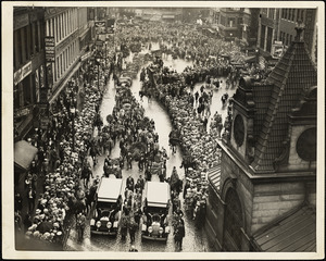 Huge crowds attend Sacco-Vanzetti funeral