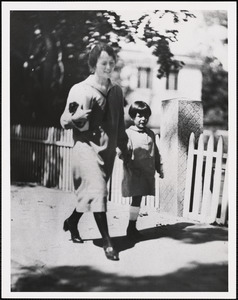 Mrs. Sacco and her daughter, Sept 14, 1926