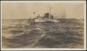 75 ft Coast Guard Patrol Boat (nr 109) taken in 1927 from CGC Manning