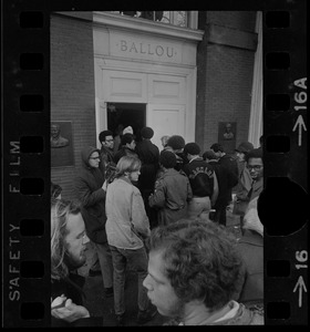 Crowd of students outside the entrance to Ballou Hall at Tufts University