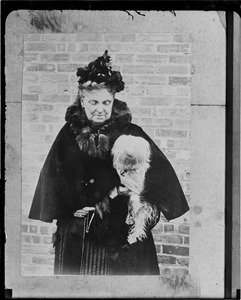 Hetty Green and her dog who had no license