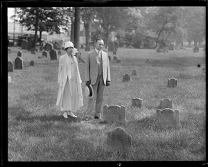 Coolidge and wife in cemetery
