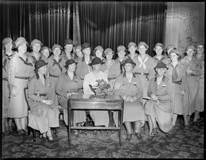 Mrs. Hoover and Mrs. Roosevelt pose with Girl Scouts