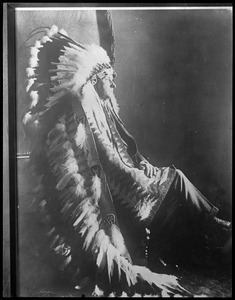 Pres. Coolidge in Indian dress