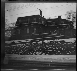 42 Highland Ave, Roxbury, Mass., showing the old wall on Centre St.