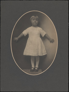 Isabel Wight, full portrait as a child