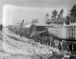 B&M crashes near Exeter, N.H.