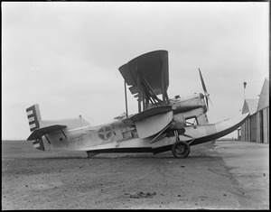 Amphibious army plane that brought Gen. Brown to and from New York. Lt. Cobb was pilot. East Boston Airport.