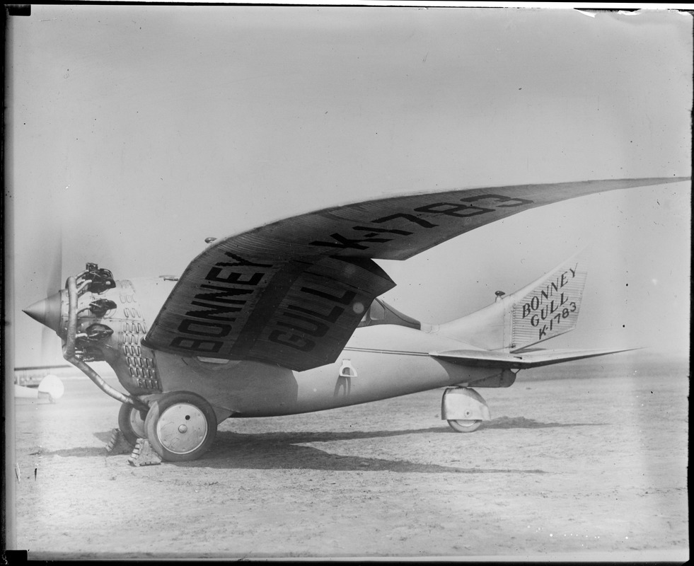 Bonney Gull before it crashed & killed its maker, Curtis Field, N.Y.
