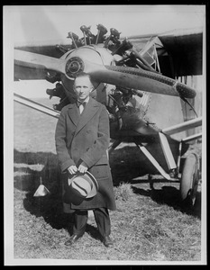 Chamberlin who flew Columbia' from N.Y. to Germany