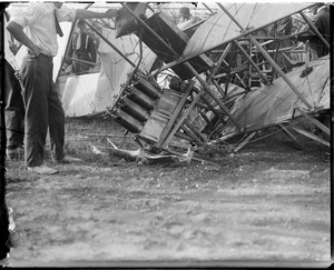 Airship accident - Squantum, MA