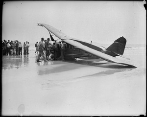 Airplane, Flash wrecked at Old Orchard, Maine