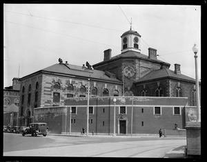 Charles St. jail after escape of William Gray, noted bandit, and trustee Vincent Zamotel. The slide down bed sheets but were captured later.